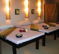 serenity-thai-massage-tables-closeup